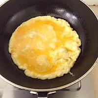 腊肠鸡蛋炒秋葵的做法图解3
