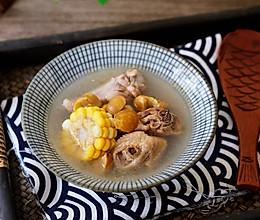 #秋天怎么吃#玉米板栗鸡汤的做法