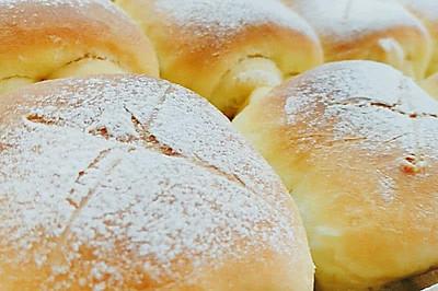 超萌牛奶卷面包