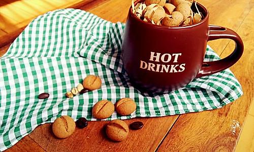 入口即化的苦咖啡豆饼干的做法