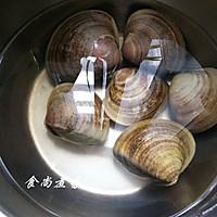 """蛤蜊烩丝瓜~【美亚粉尚""""靓瘦""""不粘锅试用3】的做法图解2"""