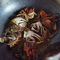 螃蟹炒年糕的做法图解4