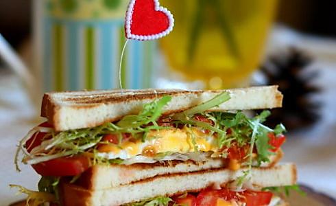快手营养三明治的做法