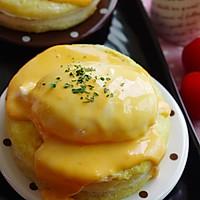 自家版 Eggs benedict  芝士火腿蛋土司