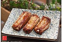 蒜香烤排骨:简单的腌制也美味的做法