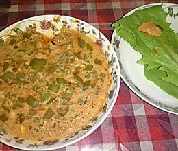 六月豆瓣鸡蛋尖椒焖子的做法