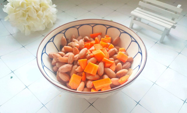 胡萝卜拌花生米的做法