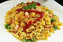 鲜虾杂蔬炒面#小虾创意料理#的做法