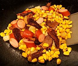10分钟系列~~玉米马蹄羊肚菌炒香肠的做法