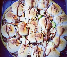 浓情巧克力坚果披萨的做法