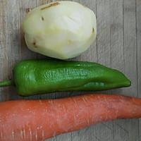 土豆丝炒胡萝卜丝的做法图解1