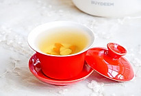 黄芪红枣枸杞茶的做法