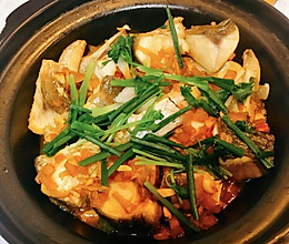 不加一滴水的砂锅焗水库大鲩鱼的做法