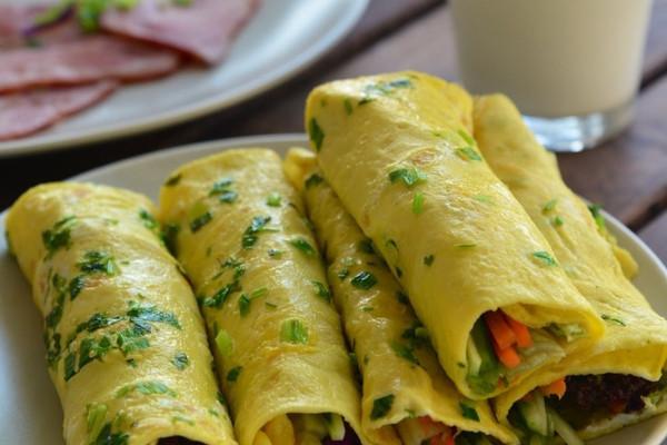 """""""阿辛家""""早餐蔬菜蛋卷的做法"""