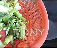 江南味道的炒青菜的做法图解4