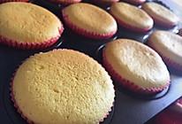 纸杯蛋糕杯子蛋糕—简单易做口感湿润不回缩的做法