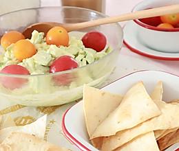 周末最佳轻食BRUNCH,牛油果鸡蛋沙拉和烤饼的做法