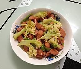 花菜青椒炒火腿肠的做法