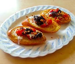 鱼子酱罗勒香蒜面包切片的做法
