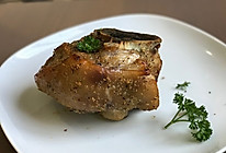 德国脆皮烤猪肘的做法