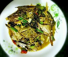 青花椒香煎银鲳鱼的做法