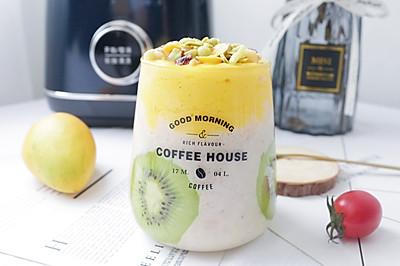 芒果香蕉酸奶奶昔