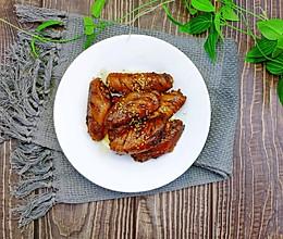 #炎夏消暑就吃「它」#懒人电饭煲鸡翅的做法