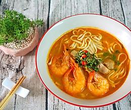 泰美味:泰式冬阴功虾面的做法