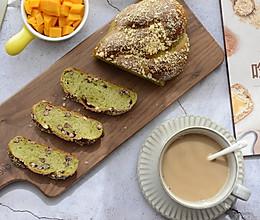 抹茶蜜豆辫子面包的做法