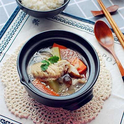 微波冬菇鸡汤,减少嘌呤的摄入
