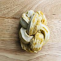 咸蛋黄肉松吐司的做法图解15