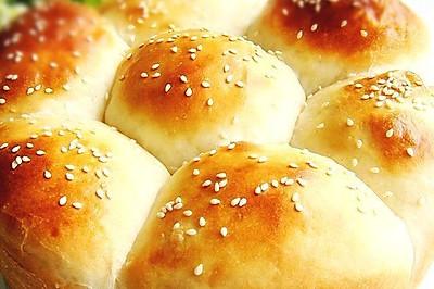 庞多米花式面包
