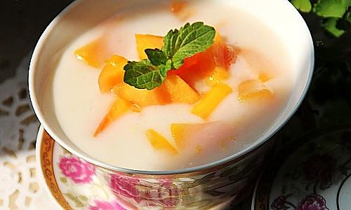 木瓜椰奶露--秋季护肤的做法