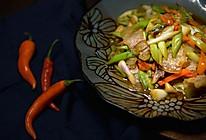 青蒜炒腊肉#金龙鱼外婆乡小榨菜籽油,我要上春碗。的做法
