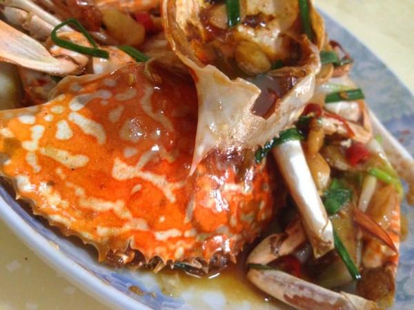 香辣姜葱炒花蟹(两人份)的做法