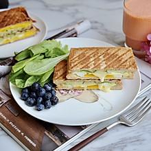 黄瓜鸡蛋热压三明治#花10分钟,做一道菜!#