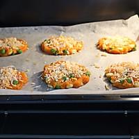 #美食视频挑战赛#芝士鸡肉蔬菜饼的做法图解10