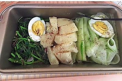 土豆黄瓜沙拉