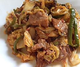 酱闷卷心菜和猪肉的做法
