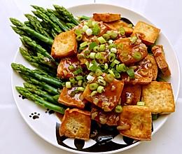 姜汁芦笋烧豆腐的做法