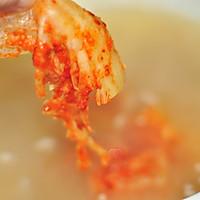 韩式泡菜风味汤面的做法图解2