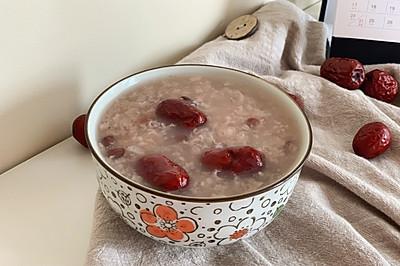 春天最适合吃的红豆糯米粥