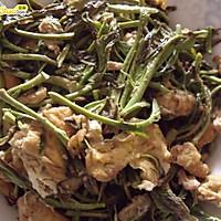 春季独有的美味--香椿炒蛋~~-春季美食