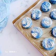 #晒出你的团圆大餐#青花瓷冰皮月饼