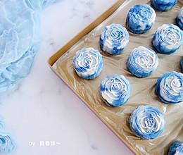 #晒出你的团圆大餐#青花瓷冰皮月饼的做法