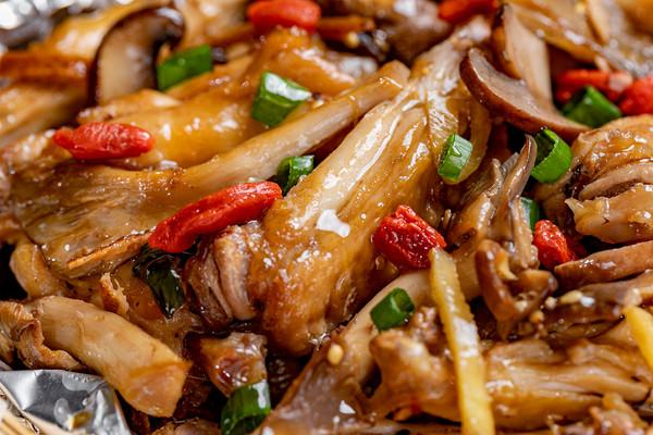 锡纸鸡翅 | 肉嫩汁浓的做法