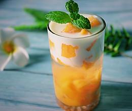 #一人一道拿手菜#夏日芒果杯的做法