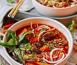 越南鲜辣牛肉米线的做法