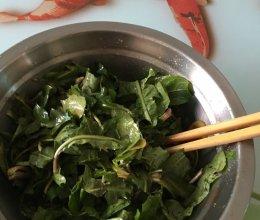 凉拌婆婆丁(又名蒲公英)+#春天不减肥 ,夏天肉堆堆#的做法