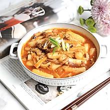 #憋在家里吃什么#韩式年糕拉面部队锅
